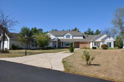 Photo of S90W34465 Whitetail Dr, Eagle, WI 53119