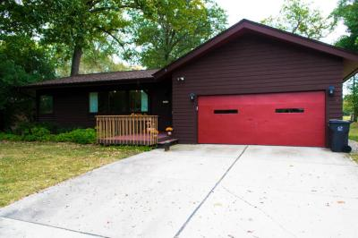 Photo of 14601 W Gatewood Dr, New Berlin, WI 53151