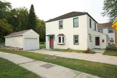 Photo of 5599 Apricot Ct, Greendale, WI 53129