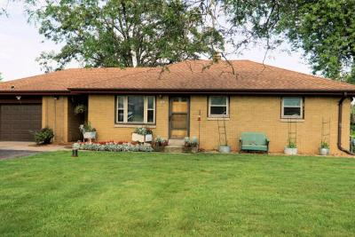 Photo of 7280 S Clement Ave, Oak Creek, WI 53154