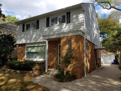 Photo of 4258 N Ardmore Ave, Shorewood, WI 53211