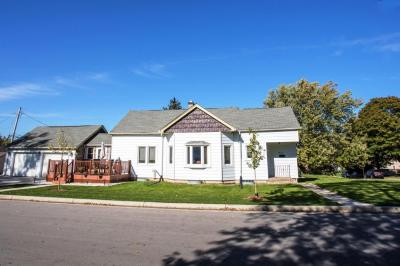 Photo of 3733 S 33rd St, Greenfield, WI 53221