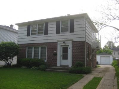 Photo of 5011 N Kent Ave, Whitefish Bay, WI 53217