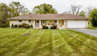 Photo of 3360 Sunny View Ln, Brookfield, WI 53005
