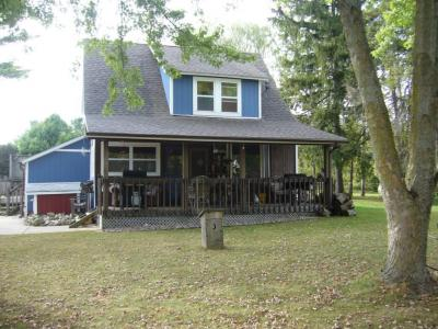 Photo of S75W21453 Field Dr, Muskego, WI 53150