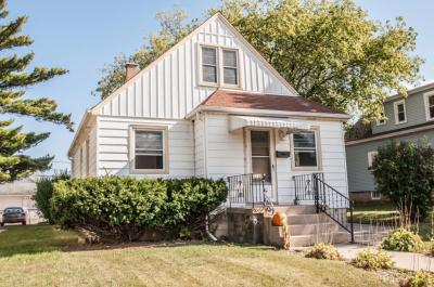 Photo of 2210 S 56th St, West Allis, WI 53219