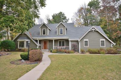 Photo of 13500 W Stratford Dr, New Berlin, WI 53151