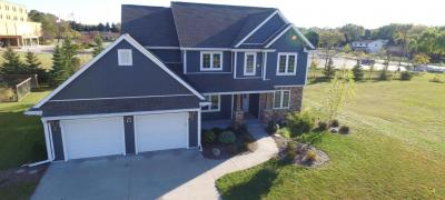 Photo of 471 Western Ct, West Bend, WI 53095