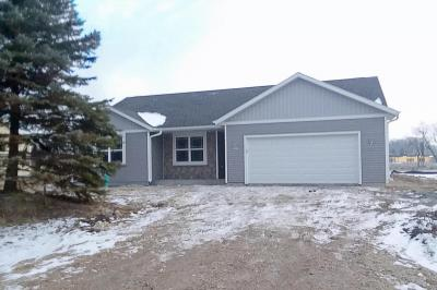 Photo of 4833 W Goodrich Ln, Brown Deer, WI 53223