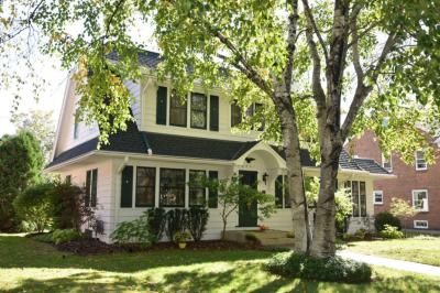 Photo of 6521 Washington Cir, Wauwatosa, WI 53213