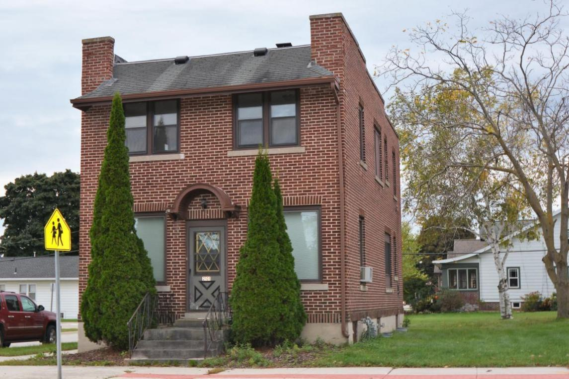 2101 Wisconsin Ave, New Holstein, WI 53061