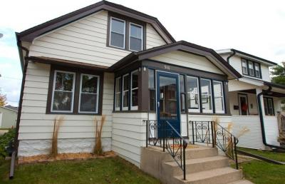 Photo of 916 Michigan Ave, South Milwaukee, WI 53172