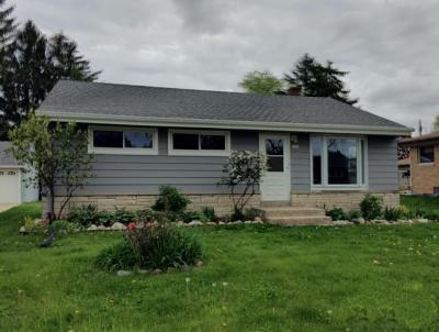 Photo of 2840 S 104th St, West Allis, WI 53227
