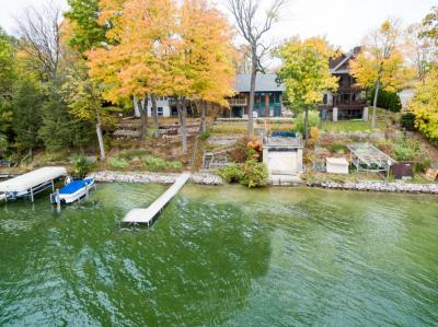 Photo of 5804 W Lake Dr, West Bend, WI 53095