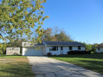 Photo of 14160 W Armour Ave, New Berlin, WI 53151