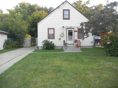 Photo of 2945 E Norwich Ave, St Francis, WI 53235