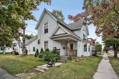 Photo of 1102 Green St, Manitowoc, WI 54220