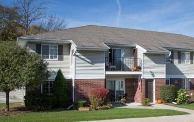 Photo of W168N11065 Ashbury Cir, Germantown, WI 53022