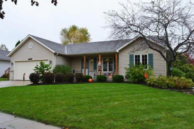 1507 Walsh Acres Dr, West Bend, WI 53095