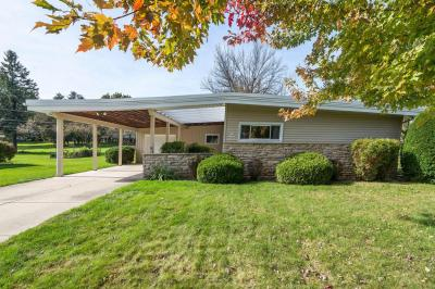 Photo of W155N11731 Sunnyview Ave, Germantown, WI 53022