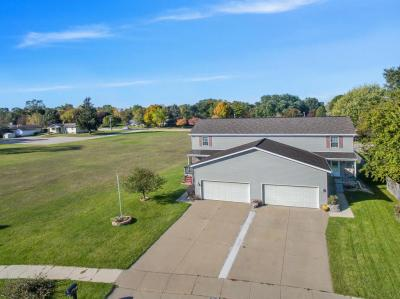Photo of 630 Wellington Dr, West Bend, WI 53090