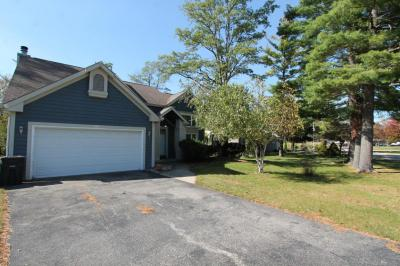 Photo of 923 S 4th St, Silver Lake, WI 53170