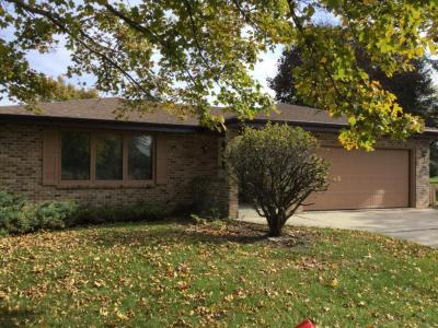 Photo of 2830 S 114th St, West Allis, WI 53227