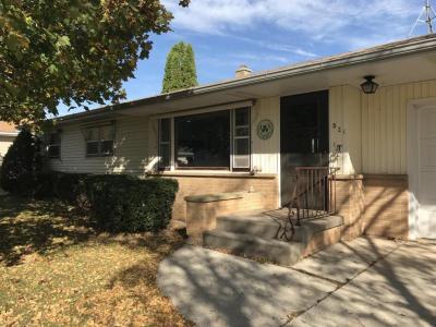 Photo of 521 Bishop Ave, Plymouth, WI 53073