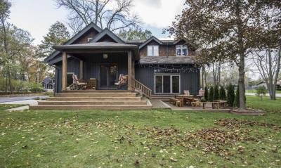Photo of 6936 N Yates Rd, Fox Point, WI 53217