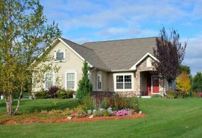 Photo of 8187 S Shadwell Cir, Franklin, WI 53132