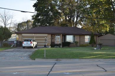 7441 S Cold Spring Rd, Greenfield, WI 53220