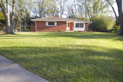 Photo of 9306 N 52nd St, Brown Deer, WI 53223