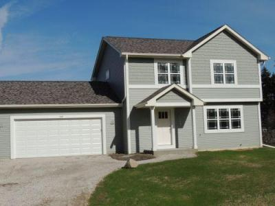 Photo of 360 E Forest Hill Ave, Oak Creek, WI 53154
