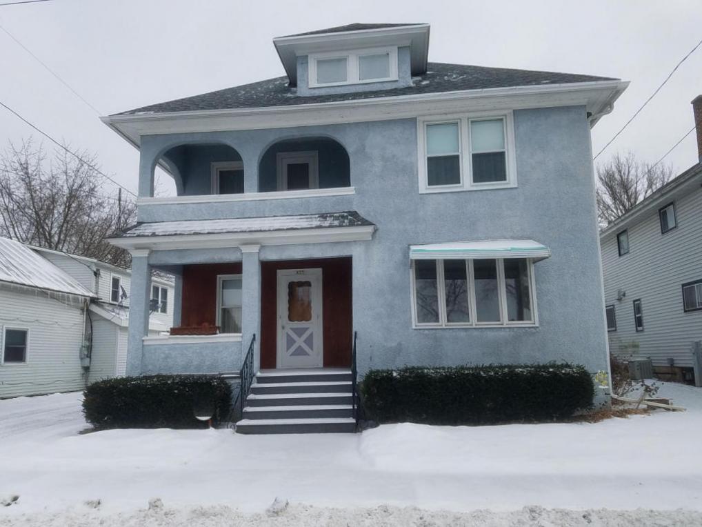 937 Main St, Saint Cloud, WI 53079