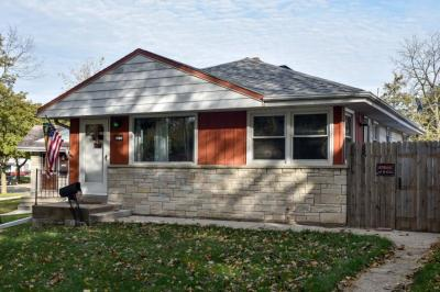 Photo of 4034 S Caulfield Ave, St Francis, WI 53235