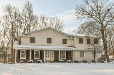 Photo of 14555 W Rogers Dr, New Berlin, WI 53151