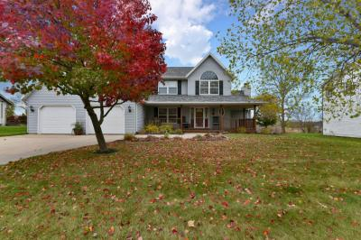 Photo of 92 E Prospect, Hartford, WI 53027