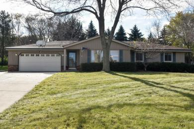 N100W17051 Revere Ln, Germantown, WI 53022