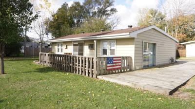 Photo of 611 N Lake View Dr, Silver Lake, WI 53170
