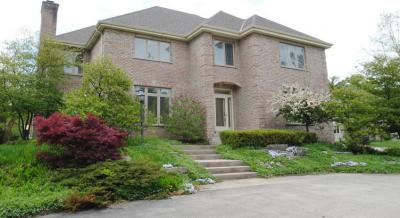 Photo of 1625 Greenway Ter, Elm Grove, WI 53122