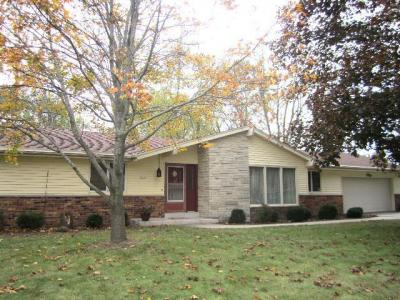 Photo of 5445 W Radcliffe Dr, Brown Deer, WI 53223