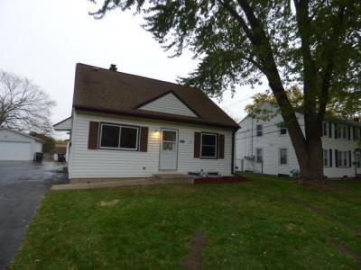 Photo of 3702 S 46th St, Greenfield, WI 53220