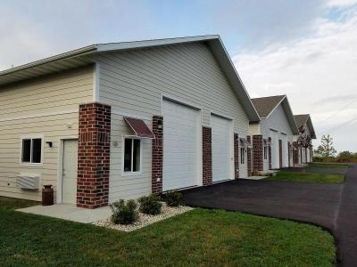 Photo of N60W22975 W Silver Spring Dr, Sussex, WI 53089