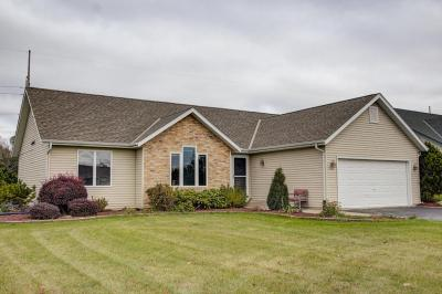 Photo of 198 Granary Cir, Hartland, WI 53029