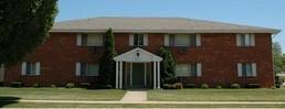 9047 17th Ave, Kenosha, WI 53143