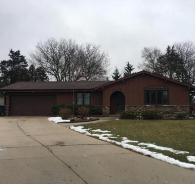 Photo of 7110 S 38th St, Franklin, WI 53132