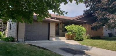 Photo of 1006 Bonnie Ct, Plymouth, WI 53073