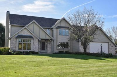 Photo of 13015 W Wade Dr, New Berlin, WI 53151