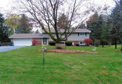 Photo of 2842 Long Valley Rd, Richfield, WI 53076