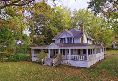 Photo of 1547 E Lakeshore Dr, Twin Lakes, WI 53181